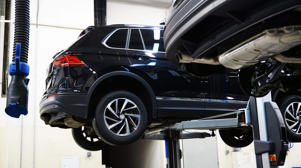 Tips to Avoid Vehicle Suspension Damage